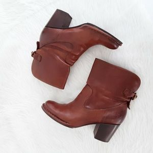 Frye Shoes Women Size 9 Heels Booties Brown Leathe